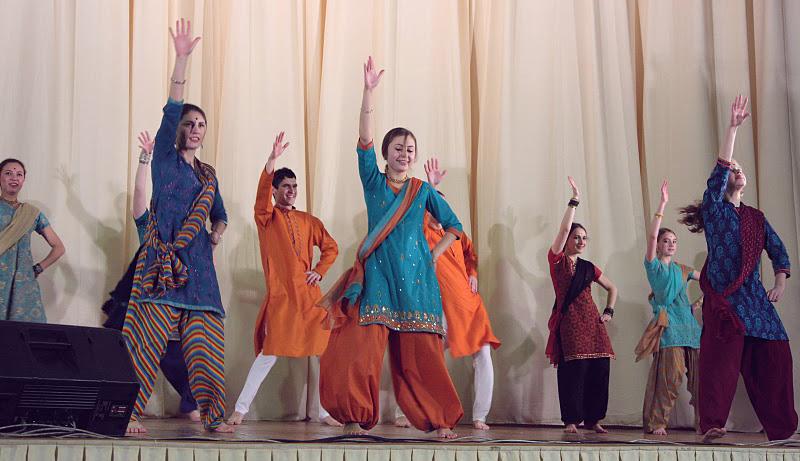 Стили индийского танца в Новосибирске